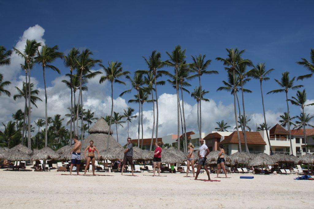 curs de aerobic direct pe plaja
