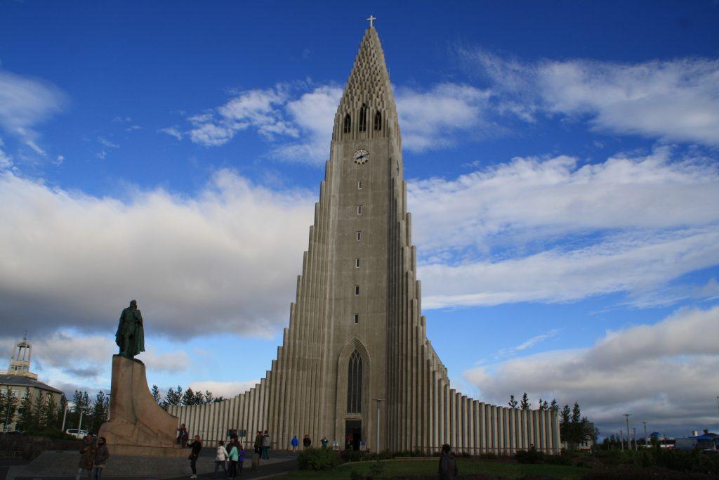 Islanda catedrala din Reykiavik