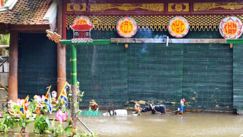 Teatrul de papusi pe apa in Vietnam