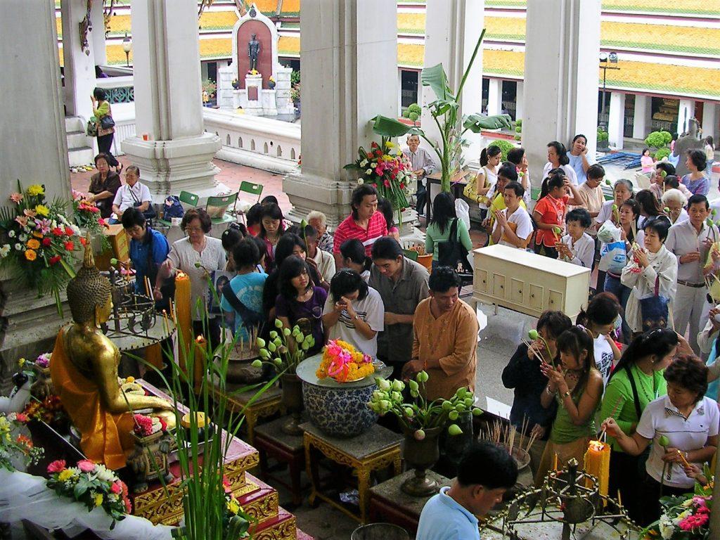 religia Budhista este practicata zilnic